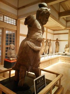 仏像展示館2.jpg