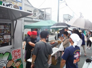 新城軽トラ市16.jpg